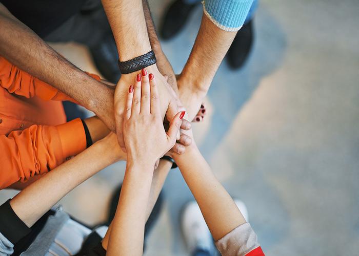 رهبری تحول گرا برمبنای ایجاد تیم
